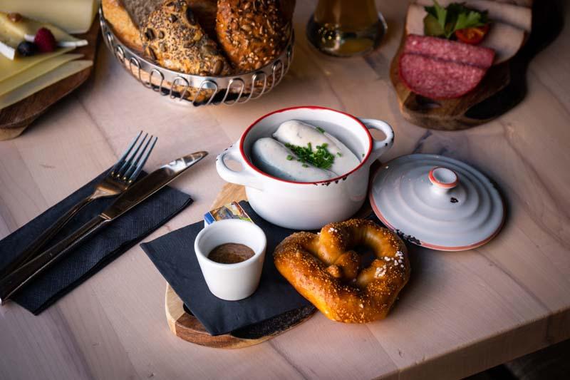 Weißwurstfrühstück - Bapas - München - Schwabing - lecker
